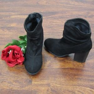 Indigo Road Black Slouchy Ankle Boots Size 7.5 M